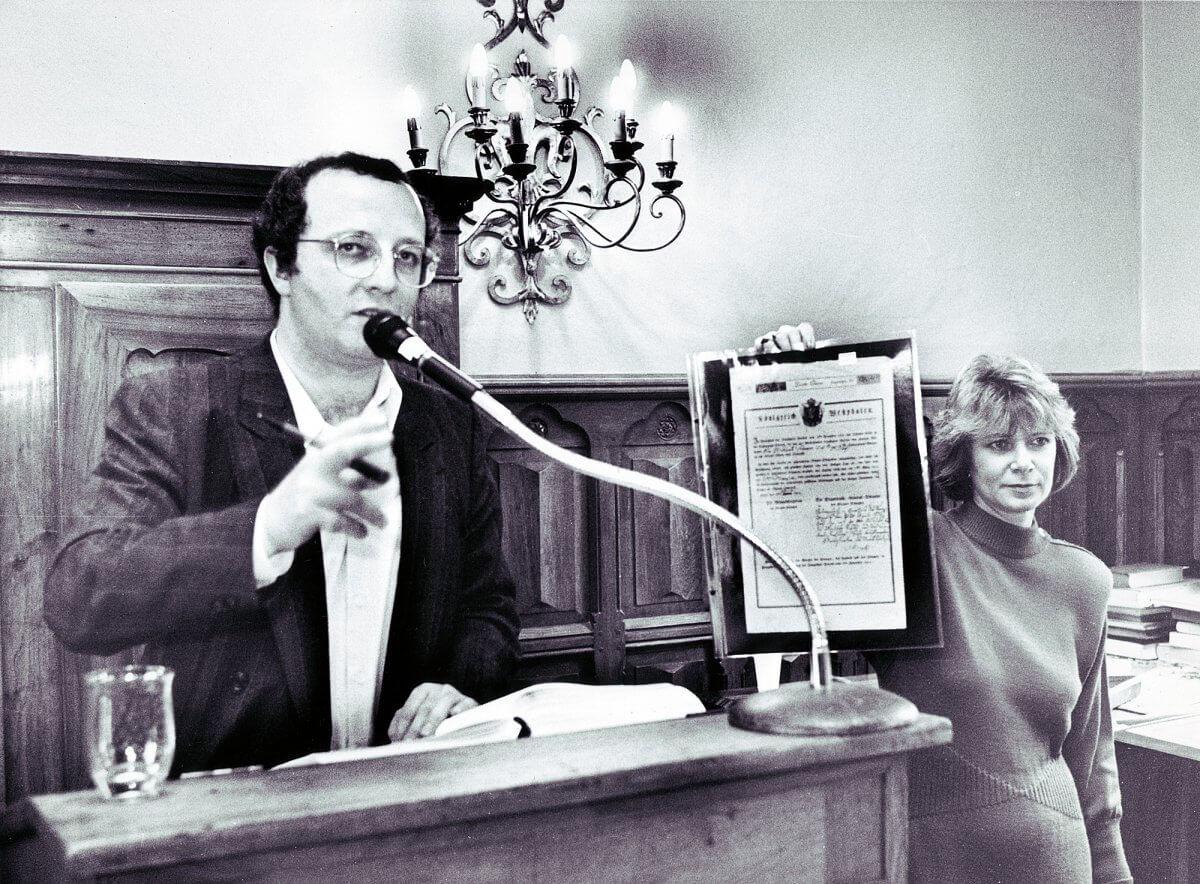 Auktion Historischer Wertpapiere im Jahr 1987 in der Kommende Ramersdorf, Bonn.