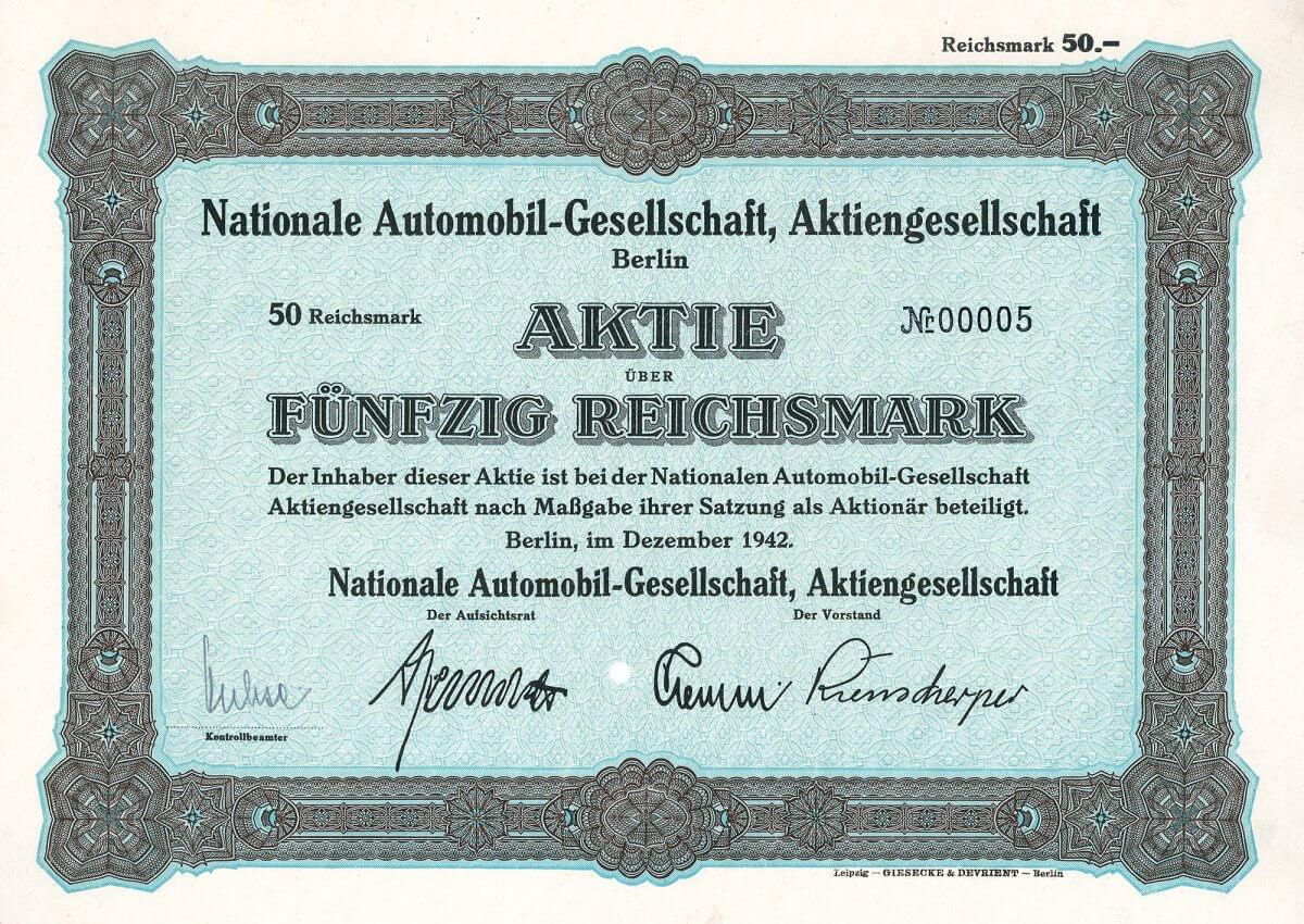 """Nationale Automobil-Gesellschaft AG, Berlin, Auflage über 50 RM von 1942, Auflage 20 Stück. Gründung 1912 durch die AEG auf dem AEG-Betriebsgelände in Berlin-Oberschöneweide. Hergestellt wurden PKW (das bekannteste NAG-Auto war der """"Puck""""), LKW und Omnibusse. Selbst die Kaiserin ließ sich ausschließlich in NAG-Wagen chauffieren. Während des 1. Weltkrieges auch Bau von Benz-Flugzeugmotoren."""