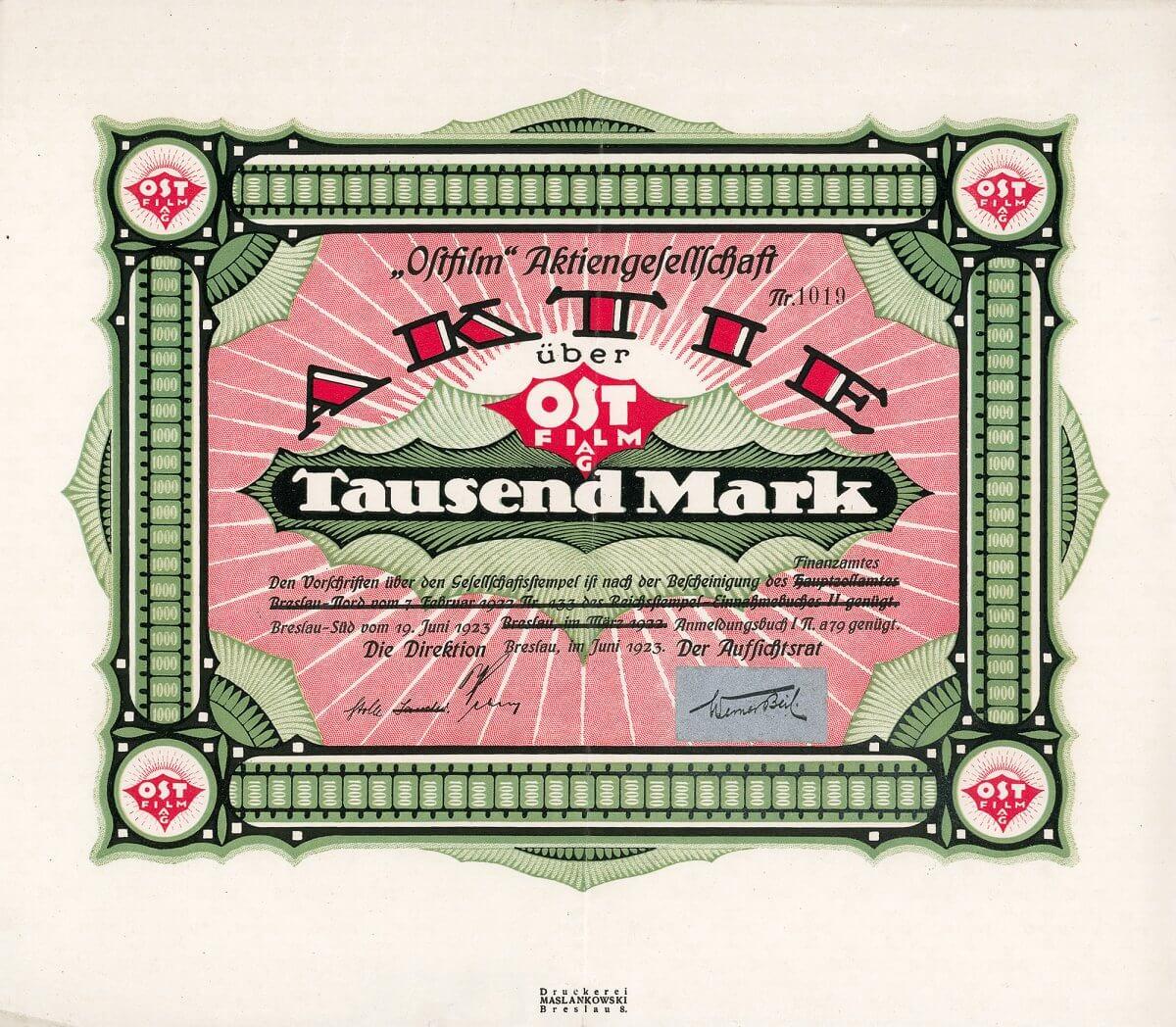 Ostfilm AG, Breslau, Aktie über 1000 Mark von 1923. Gründung 1922 zum Verleih von Filmen sowie Handel mit sämtlichen Apparaten und Zubehör der Filmbranche. Filiale in Leipzig.